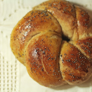 Wholewheat Rolls with Fennel and Cinnamon