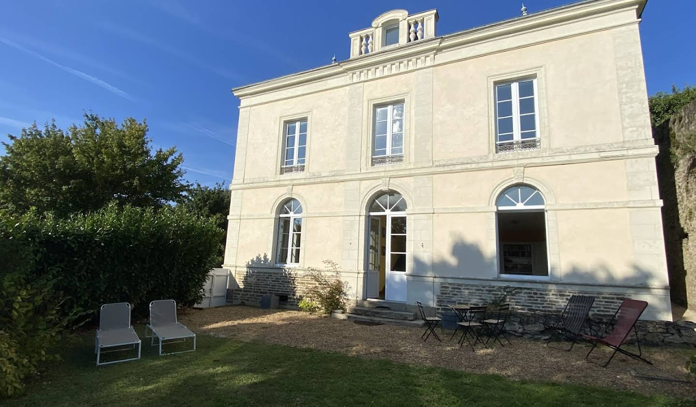 Maison avec jardin et terrasse Sable-sur-sarthe
