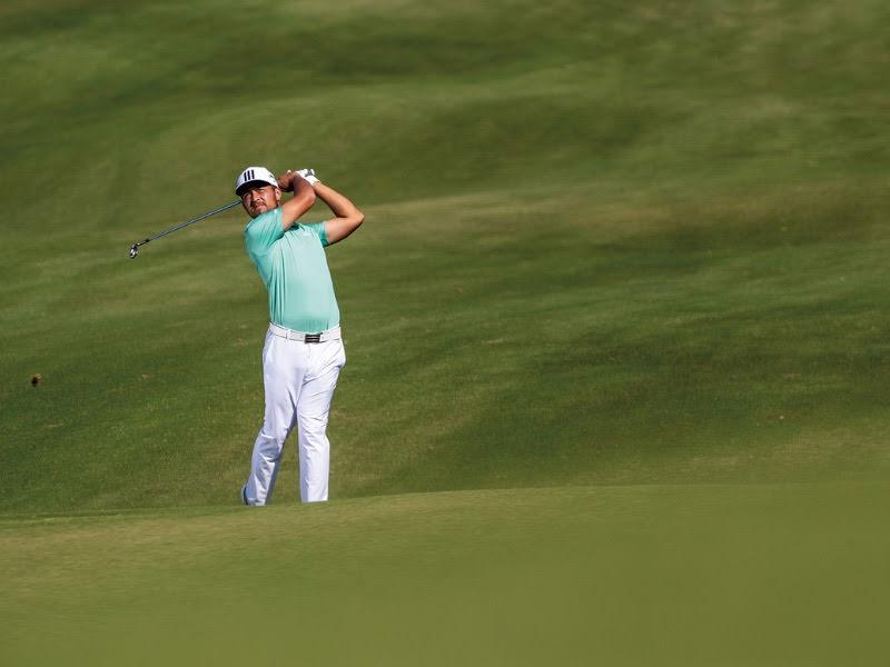 Golfkläder och golfskor herr