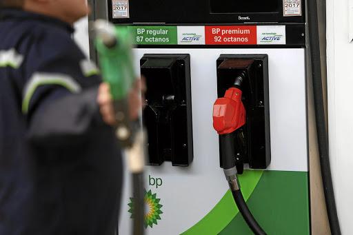 petrol station profit