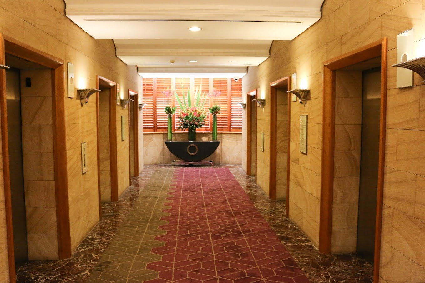 Elevators in the Sheraton on the Park