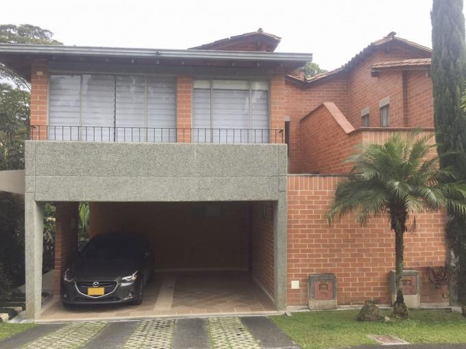 casas en venta la sebastiana 585-23015
