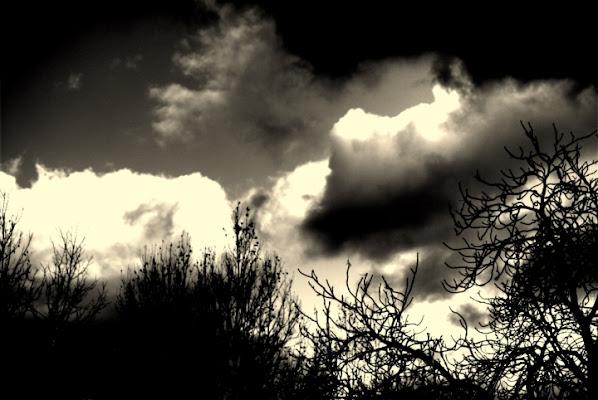 Dark Clouds di federicoalbicocco