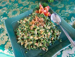 Photo: Jukut Urab (Coconut and snake bean salad)  https://docs.google.com/file/d/0B1bus_HlRM7rQ0FzemhvWERHUk0/edit