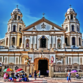 Church by Samuel Valdecantos - Buildings & Architecture Public & Historical ( religion, quiapo, church, quiapo church, pulic )