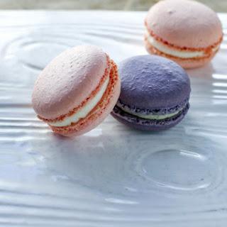 Rose & Lavender Macarons & Silpat Giveaway.