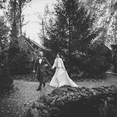 Wedding photographer Sergey Lesnikov (lesnik). Photo of 01.03.2016