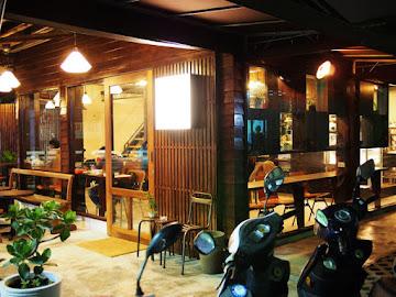 暗室微光Cafe