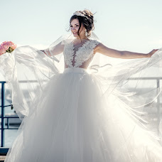 Wedding photographer Evgeniy Lesik (evgenylesik). Photo of 05.04.2017