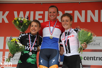 Photo: 24-06-2017: Wielrennen: NK weg vrouwen: MontferlandChantal Blaak wint NK vrouwen (Boels Dolmans Cycling Team), tweede Anouska Koster (WM3 Procycling Team), derde Floortje Mackaij, podium