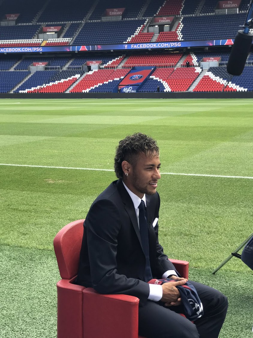 8331e6089a28 WATCH  Neymar arrives in Paris promising glory for PSG