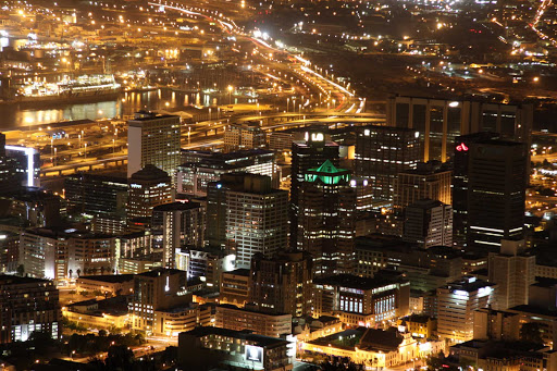Cape-Town-downtown - You'll find loads of attractions and entertainment options in Cape Town city center.
