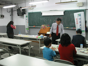 Photo: 20110420傳統童玩快樂學-捏麵人 001