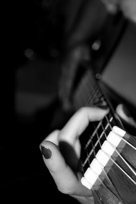 Corde di una chitarra di giada.pieroni