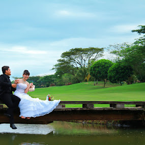 Let me Hug you ^_^ by Muhammad Buchari - Wedding Bride & Groom