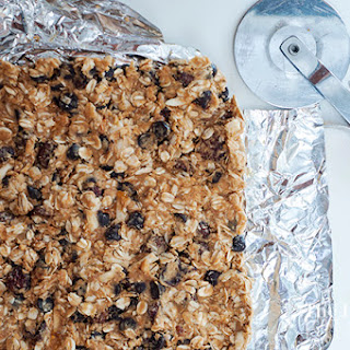Dark Chocolate and Cherry Granola Bars