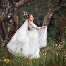 Wedding photographer Lidiya Veselova (lidf203). Photo of 04.08.2017