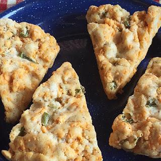 Broccoli Chick'N Kale Pesto Cauliflower Crust Pizza Recipe