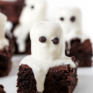 Spooky Ghost Marshmallow Brownies.