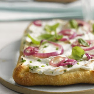 Soft Cheese and Red Onion Pizza