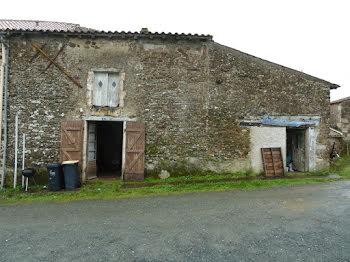 maison à La Châtaigneraie (85)