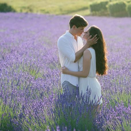 Wedding photographer Vera Krekhoveckaya (kreha985). Photo of 31.07.2017