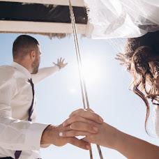 Wedding photographer Olga Murzaeva (HELGAmurzaeva). Photo of 01.10.2017