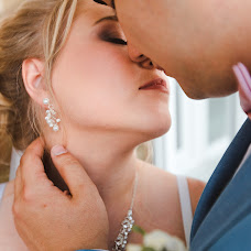 Wedding photographer Tatyana Zhukovskaya (Tanya83). Photo of 12.08.2017