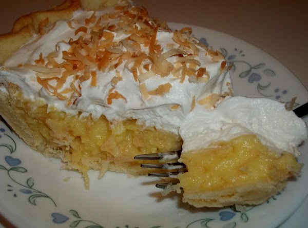 Toasted Coconut Cream Pie - Cassies Recipe