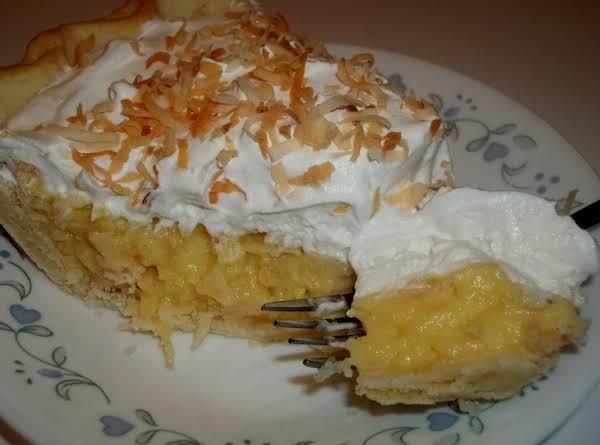 Toasted Coconut Cream Pie - Cassies