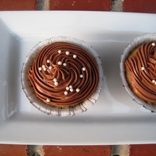 Banana Cupcakes with Chocolate Cream Cheese Frosting