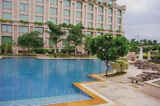 Photo: Piscine du Grand Hyatt à New Delhi en Inde