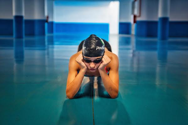 Swimmer in a parking di valvir1