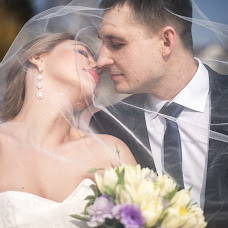 Wedding photographer Sergey Mikhnenko (SERGNOVO). Photo of 26.03.2017
