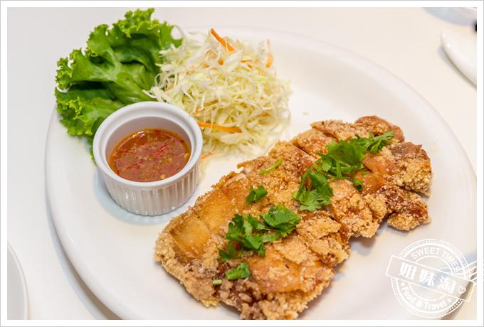 PAPAYA泰-泰式料理招牌椒麻雞