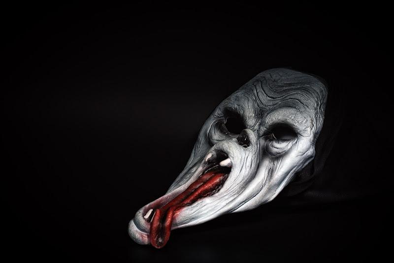 Quando la maschera inquieta di IsideB