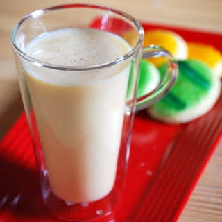 Easy Homemade Eggnog (cooked)