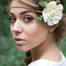Wedding photographer Elena Dobkina (dobchik). Photo of 17.10.2014