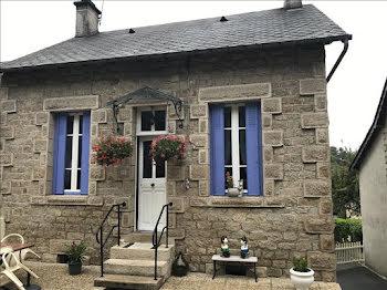 maison à Montaignac-Saint-Hippolyte (19)