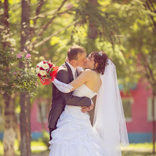 Wedding photographer Vladimir Sinyavskiy (Vladimirovich). Photo of 09.08.2013