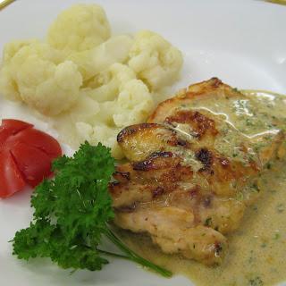 Chicken in Sofrito Cream.