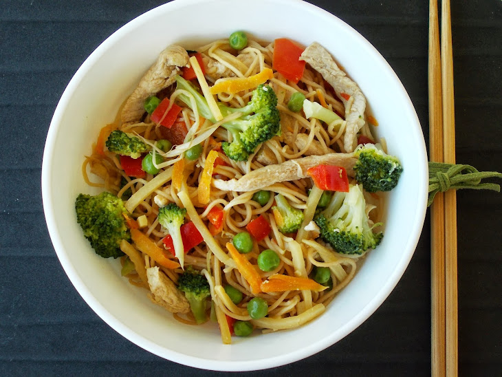 Noodles With Vegetables And Turkey