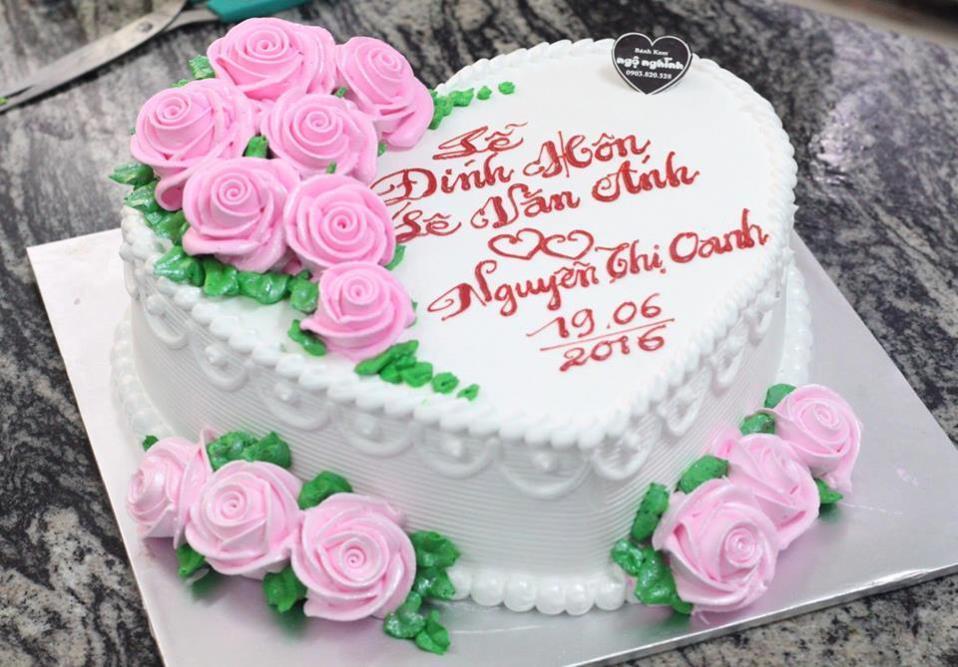 Lưu ý quan trọng khi chọn bánh kem Quận 5 dùng trong lễ cưới