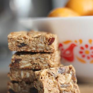 Almond Date Breakfast Bars