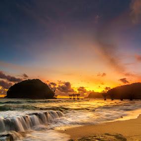 Sunset at Balekambang by Alfon Adalah Klepon - Landscapes Sunsets & Sunrises ( hindu, malang, indonesia, sunset, beach,  )