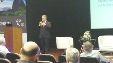 Photo: Gilberto Braga fala sobre o cenário econômico