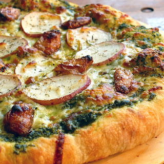 PESTO PIZZA WITH ROASTED GARLIC & POTATO