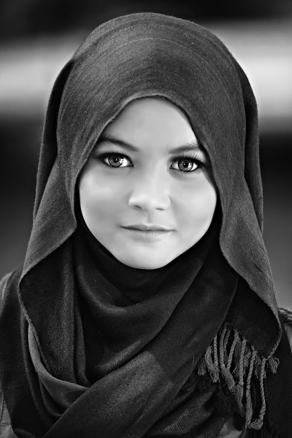 by Dokter Ajai - People Portraits of Women