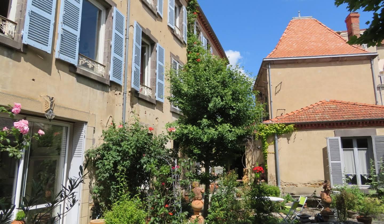 Maison avec jardin et terrasse Issoire