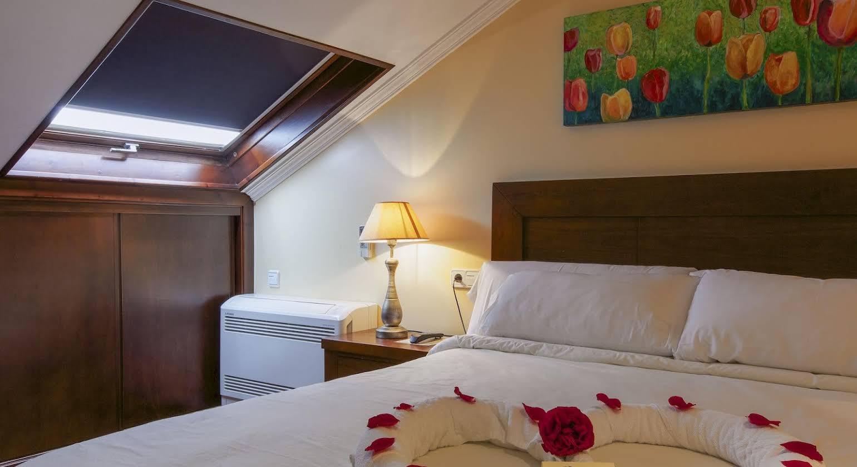 Hotel & Apartamentos Cons da Garda